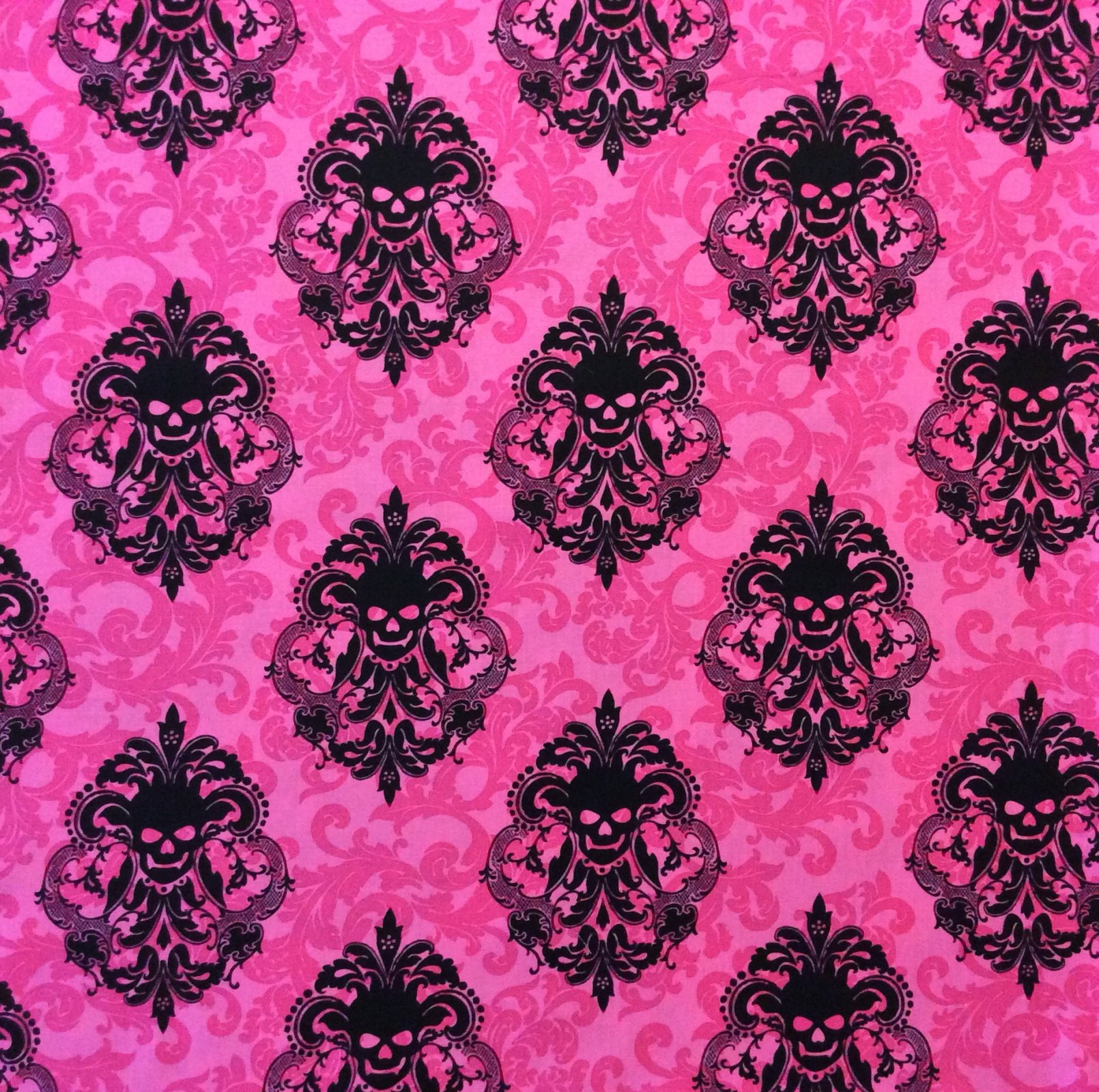 Skull Damask Spooky Halloween Gothic Manor Scary Cotton Quilting Fabric MM99