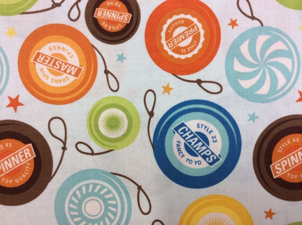 FAT QUARTER! Yo-yo Spinner Fun Toys Colorful Light Blue Cotton Fabric Quilt Fabric RPFRB25
