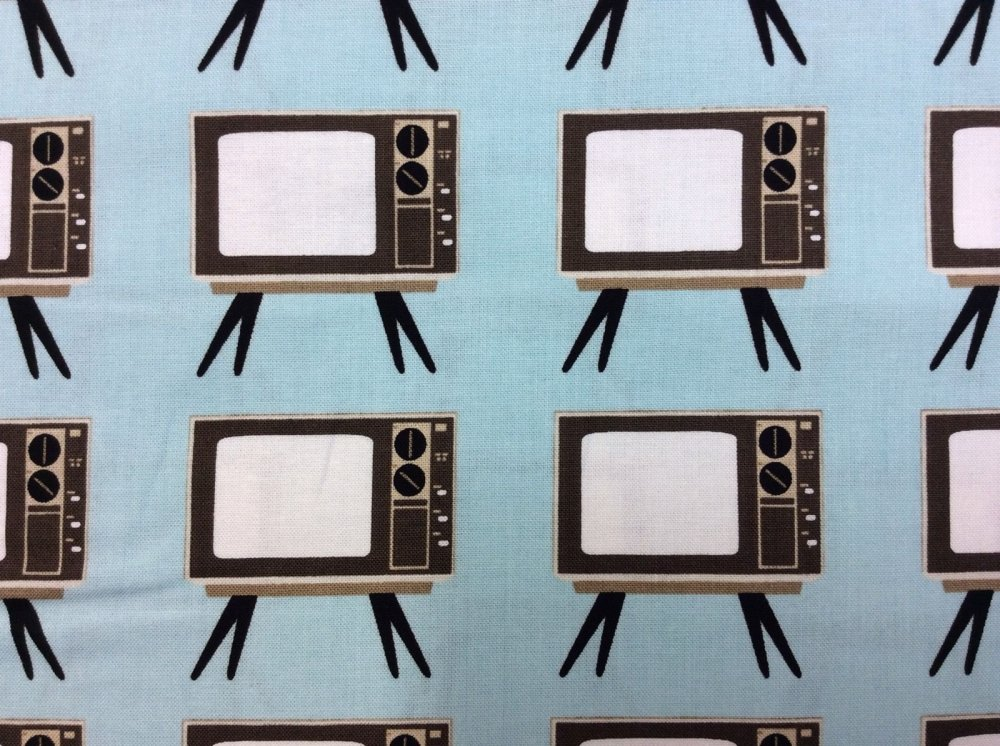 Retro TV Sets Stand Living Room Electronics Cotton Fabric Quilt Fabric RB28