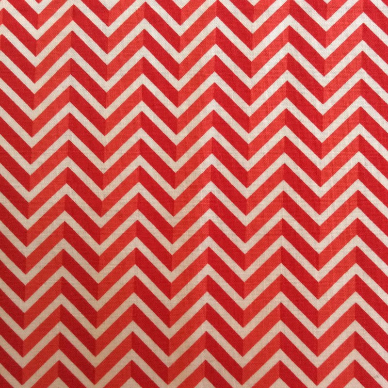 RB54 Red and White Chevron Zig Zag Optical Illusion Quilt Cotton Quilting Fabric