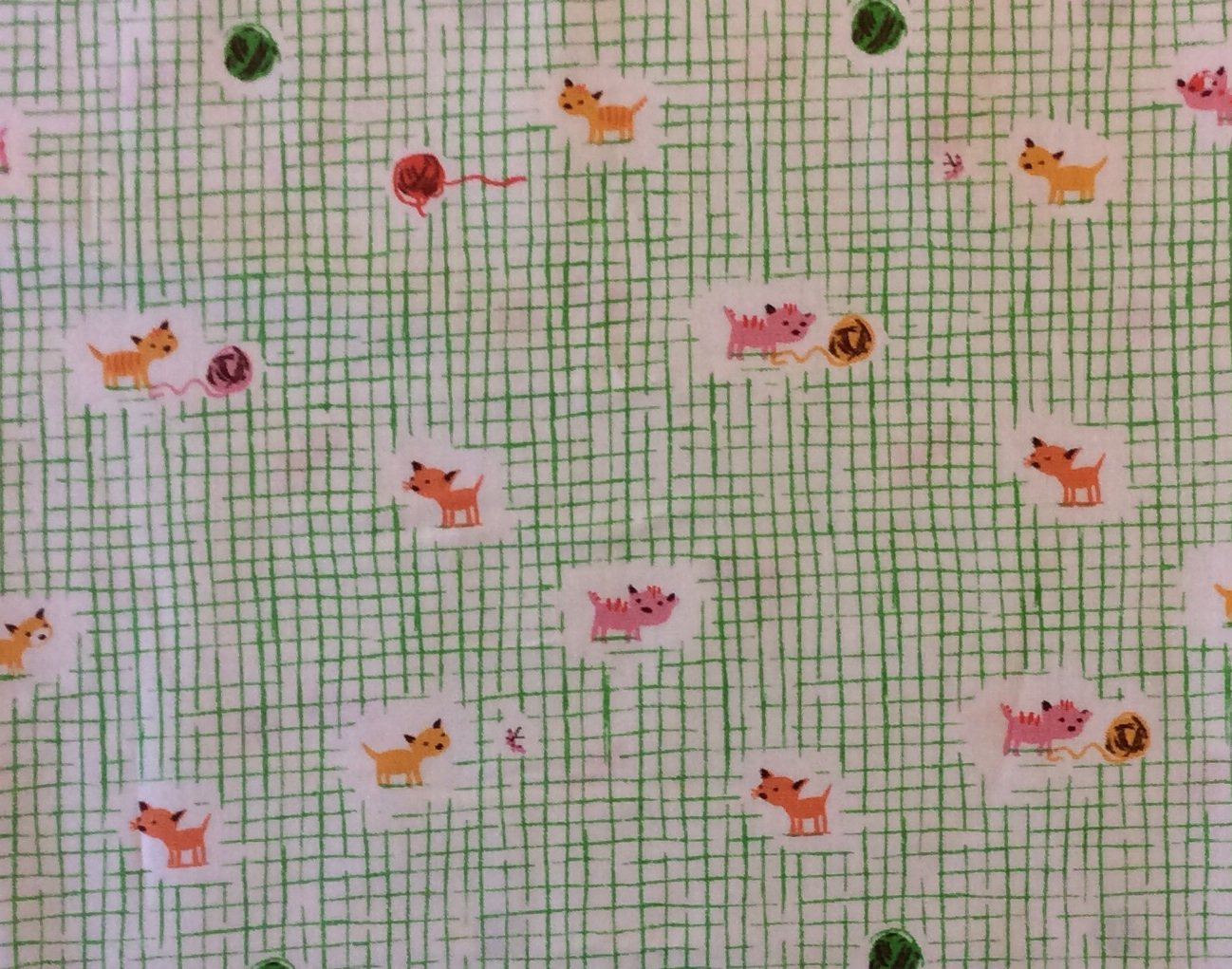 HEATHER ROSS Kitty Cat Kitten Yarn Balls Tiger Lily Cotton Quilt Fabric Wi42