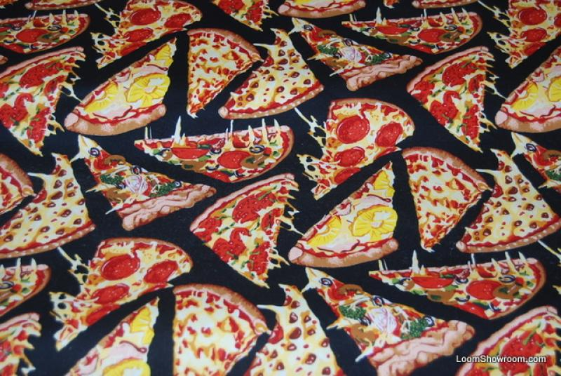 P146 Delicious Pizza Slices Pepperoni Pepper Tomato Cotton fabric Quilt fabric Heavy Weight