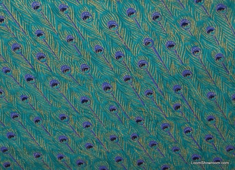 Peacock Feathers Teal background Cotton fabric Quilt fabric WG14