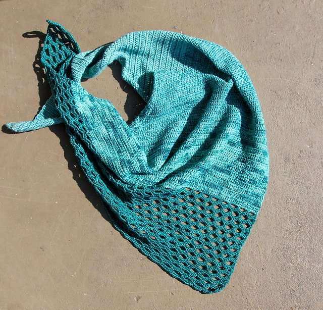 Urth Tides of Change Crochet Shawl Kit