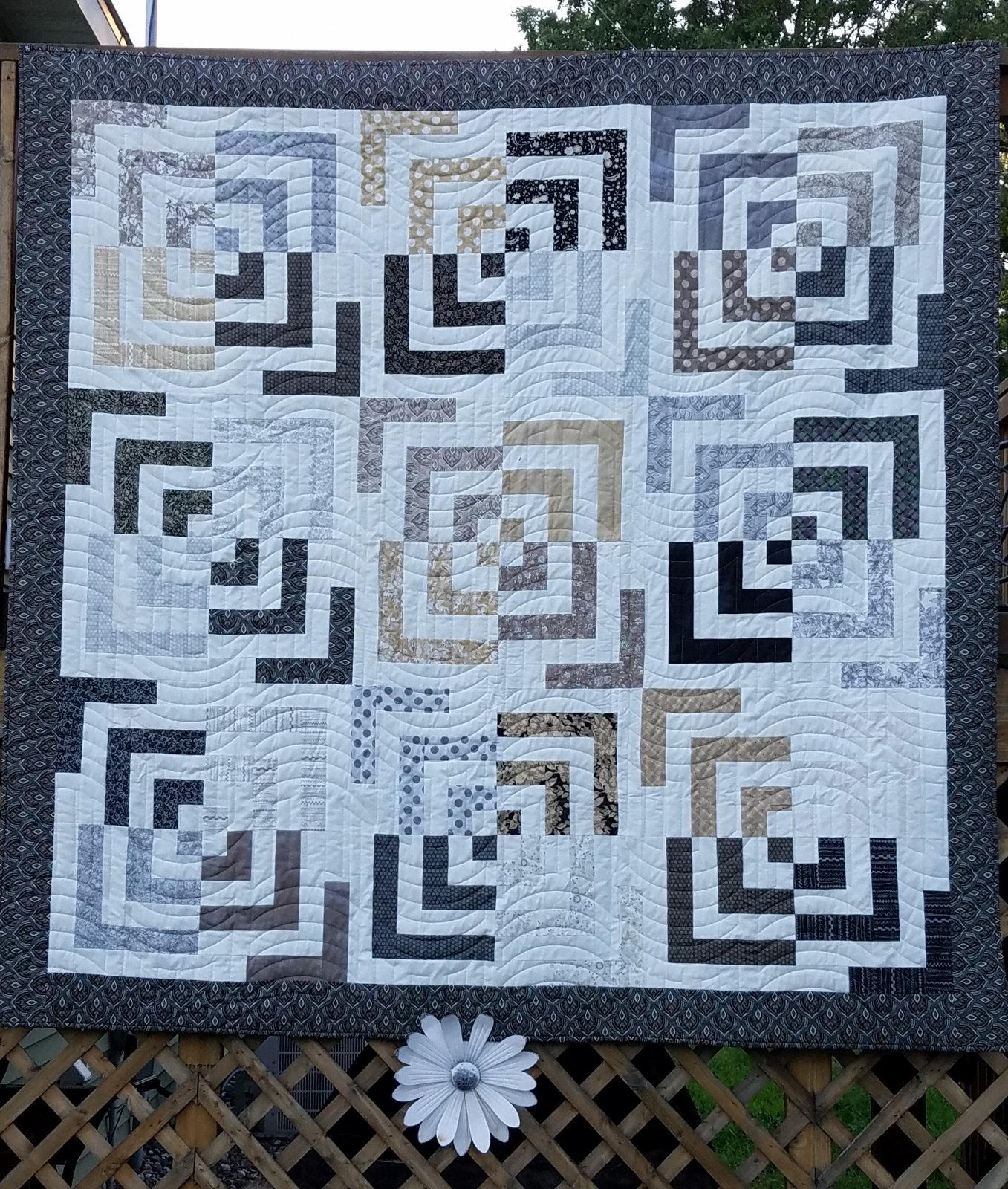 Sun & Moon/Maven Quilt Kit
