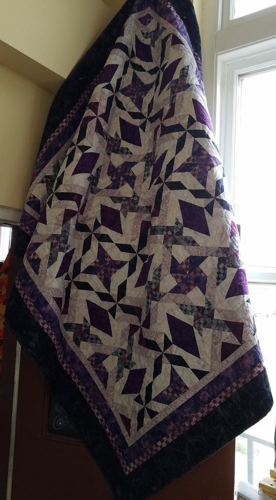 Swirling Diamonds-Snow Berry Island Batik Kit