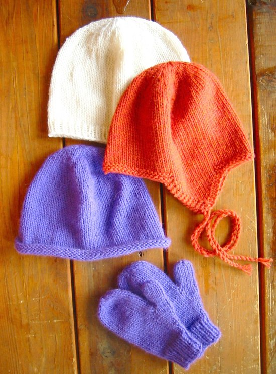 Knitting Pure & Simple 253  Basic Hat & Mitten Set for Children