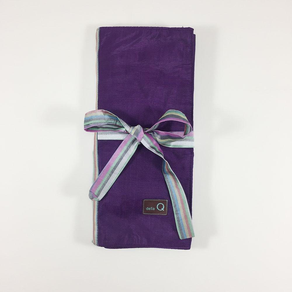 Della Q Tri-Fold Circular Needle Case