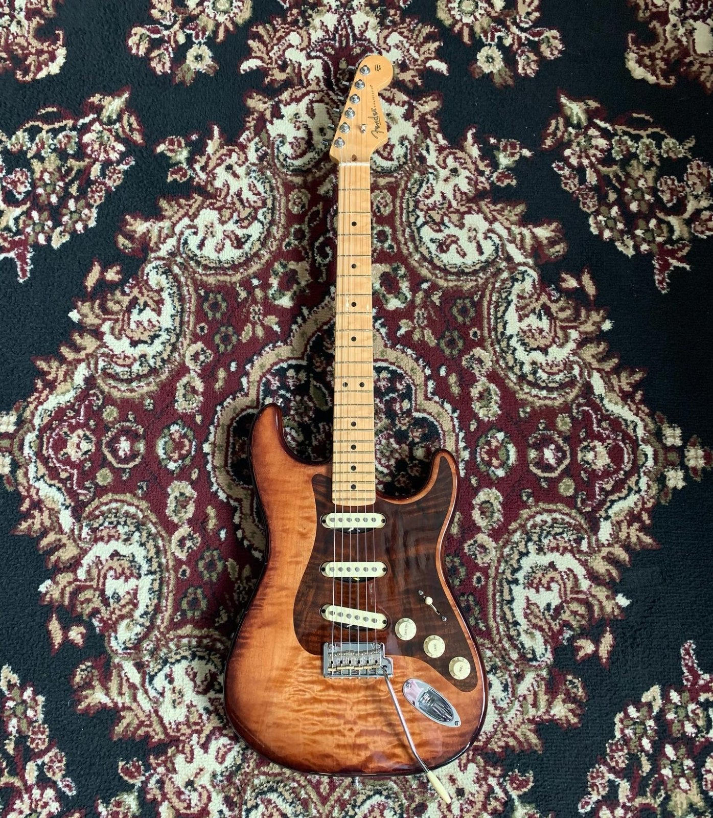 Used Fender Stratocaster Select Exotic Tiger Maple