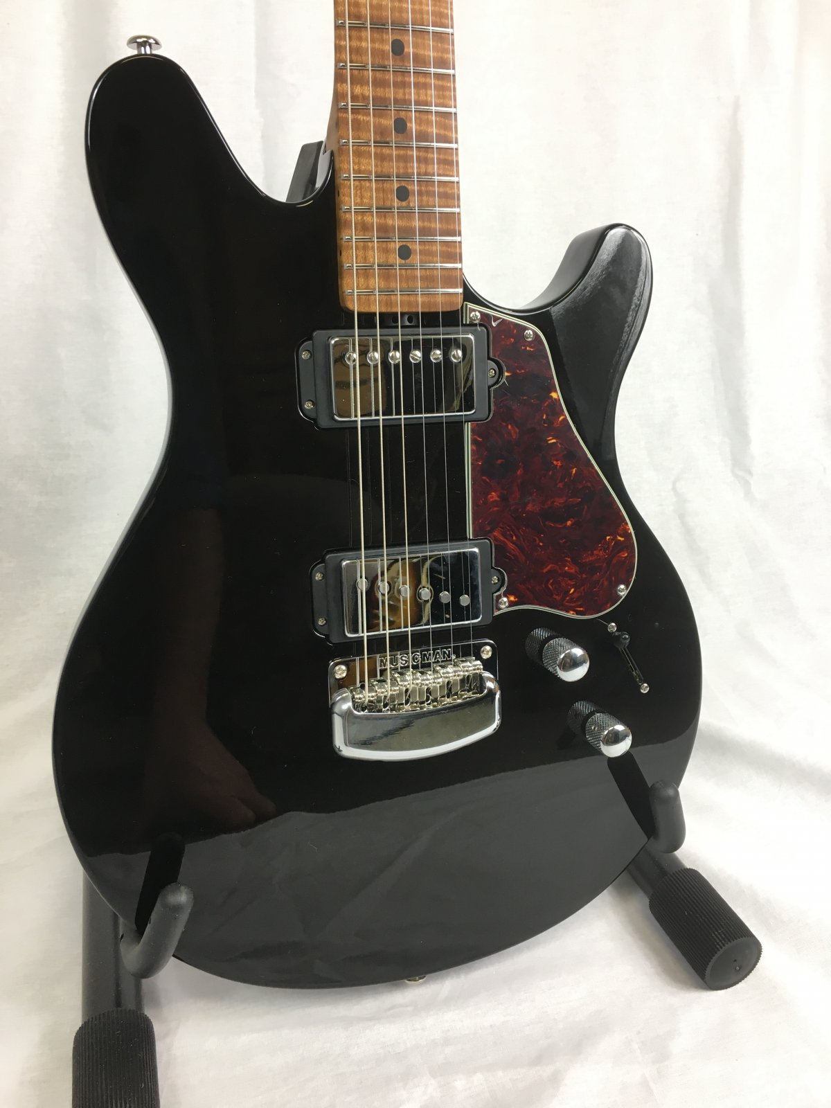 Ernie Ball Music Man Valentine
