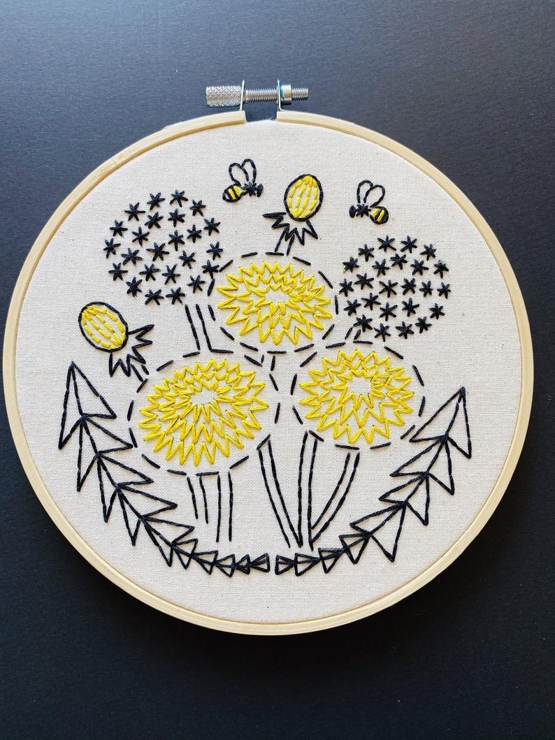 Embroidery Kit bee kind, dandelion