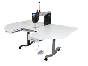 Bernina Q20 Sit Down Sewing Machine with Horn lifting table
