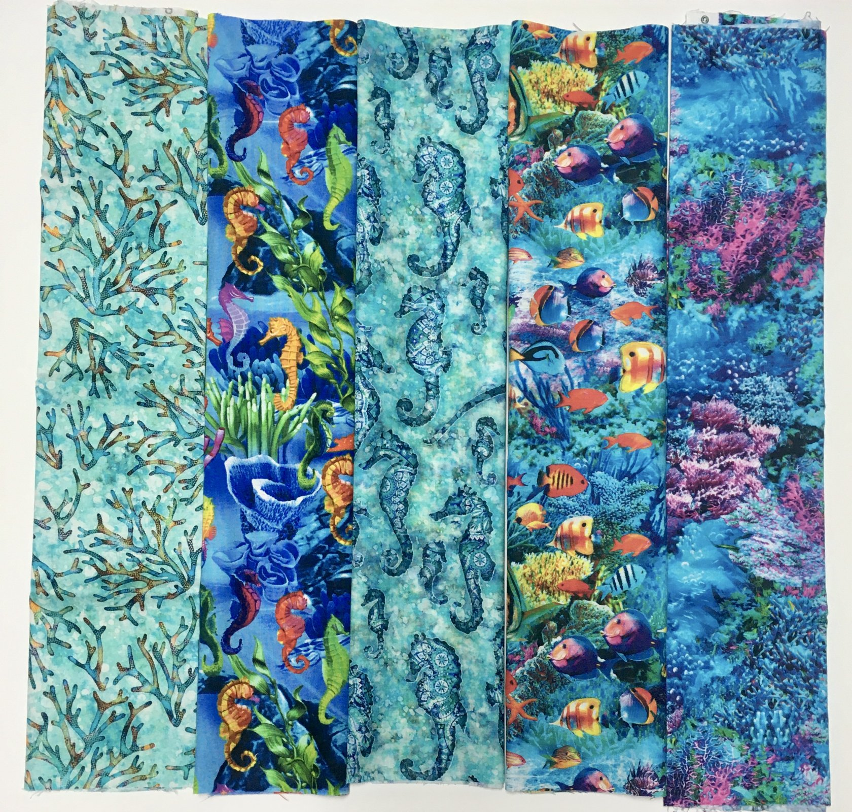 Assorted Fish/Sea Life Fat Quarter Bundle- 5 pieces
