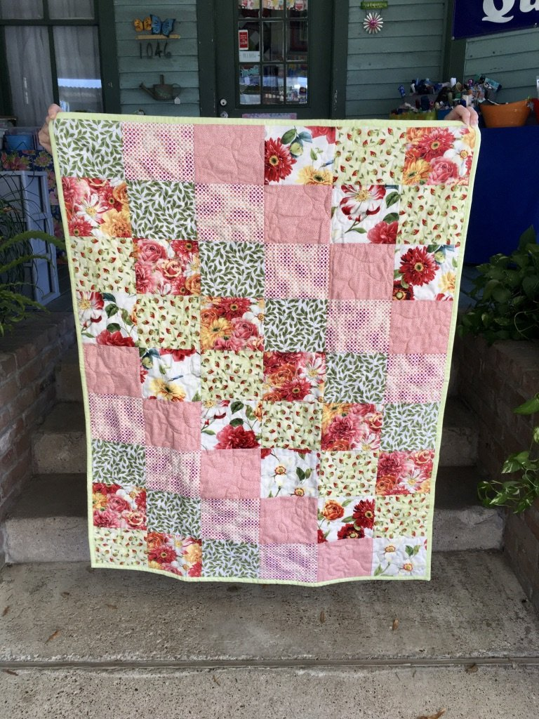 Floral Sunsprite Quilt 36x45