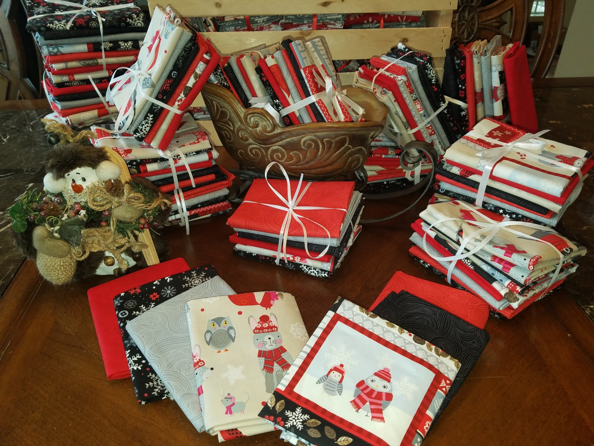 Snow Delightful - Fat Quarter Bundle (7)