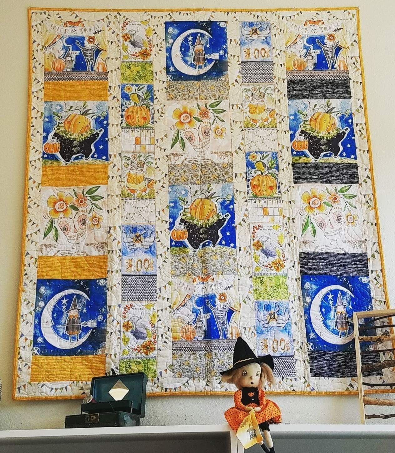 Halloween Menagerie Quilt - Kit