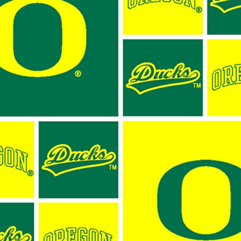 U Of O Ducks Cotton Print  - Fat Quarters (Yellow)