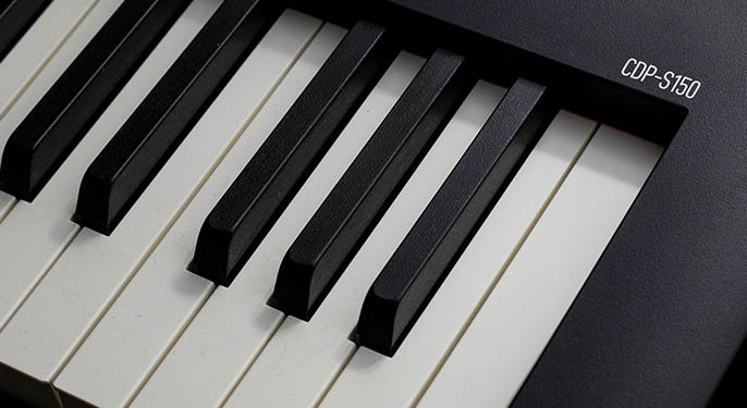 Enjoy a realistic piano touch with the CDP-S150's 88-key scaled hammer action keyboard. Simulated ivory and ebony key surfaces prevent slippage as you play. Duet mode is ideal for lessons or performances, allowing two people play the same range of keys on a single CDP-S150.
