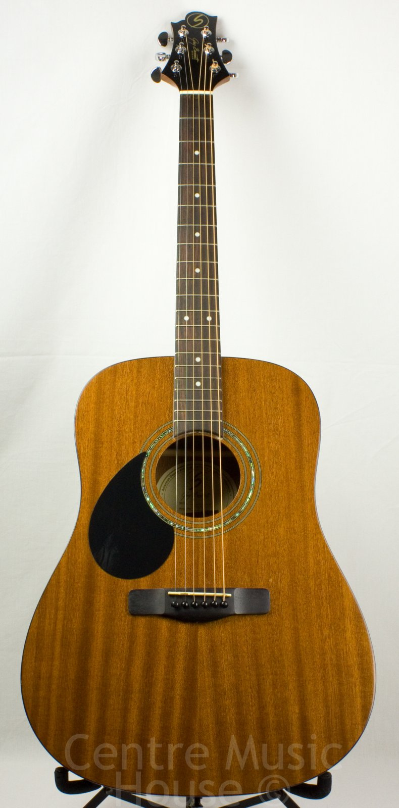 Greg Bennett D-1/LH, Left-Handed Acoustic Guitar, Natural Glossy (USED)