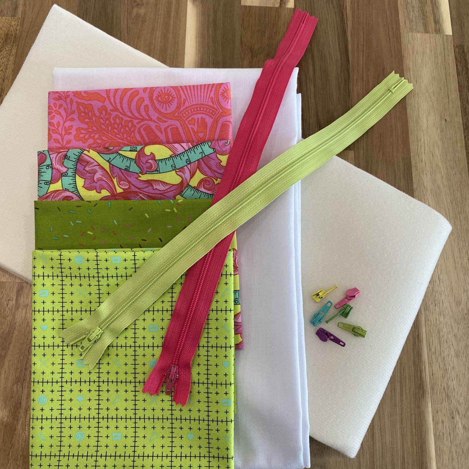 Tulip Zipper Case kit (makes 4)