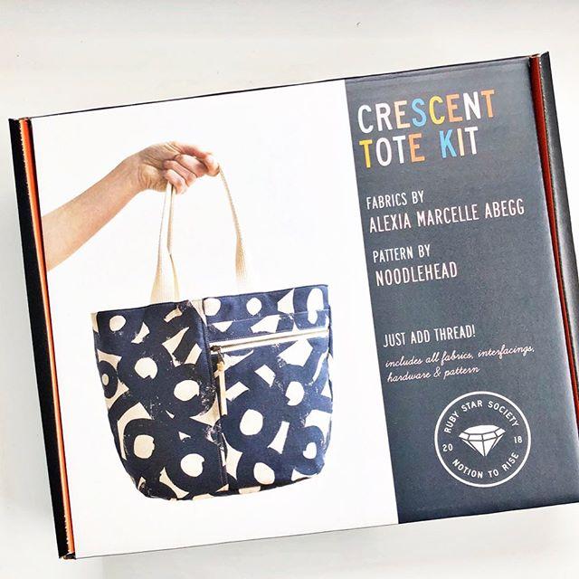 RSS   Cotton Linen Canvas Tote Kit
