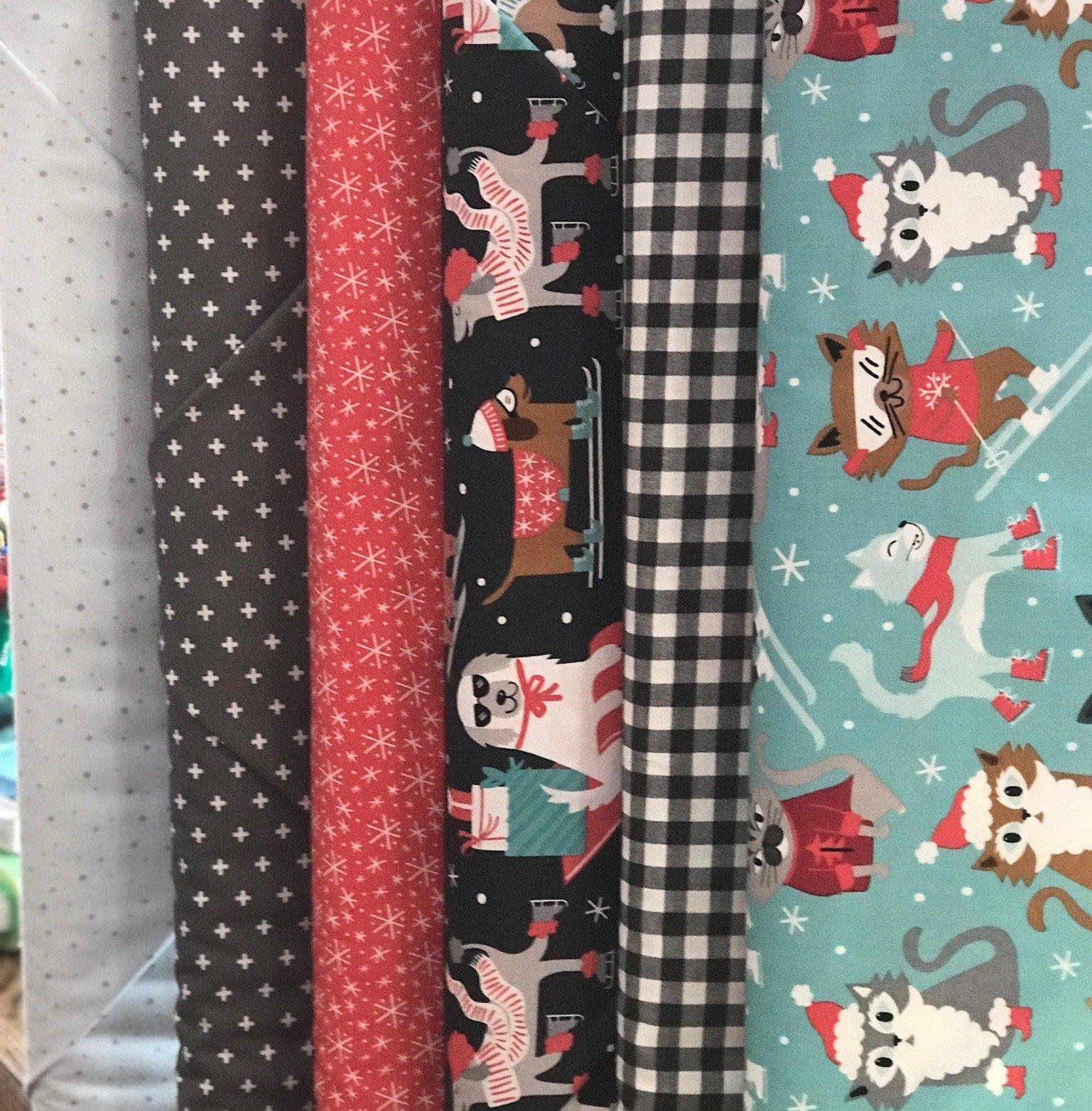 Christmas FQ Bundle #104 - 6 Pieces   -
