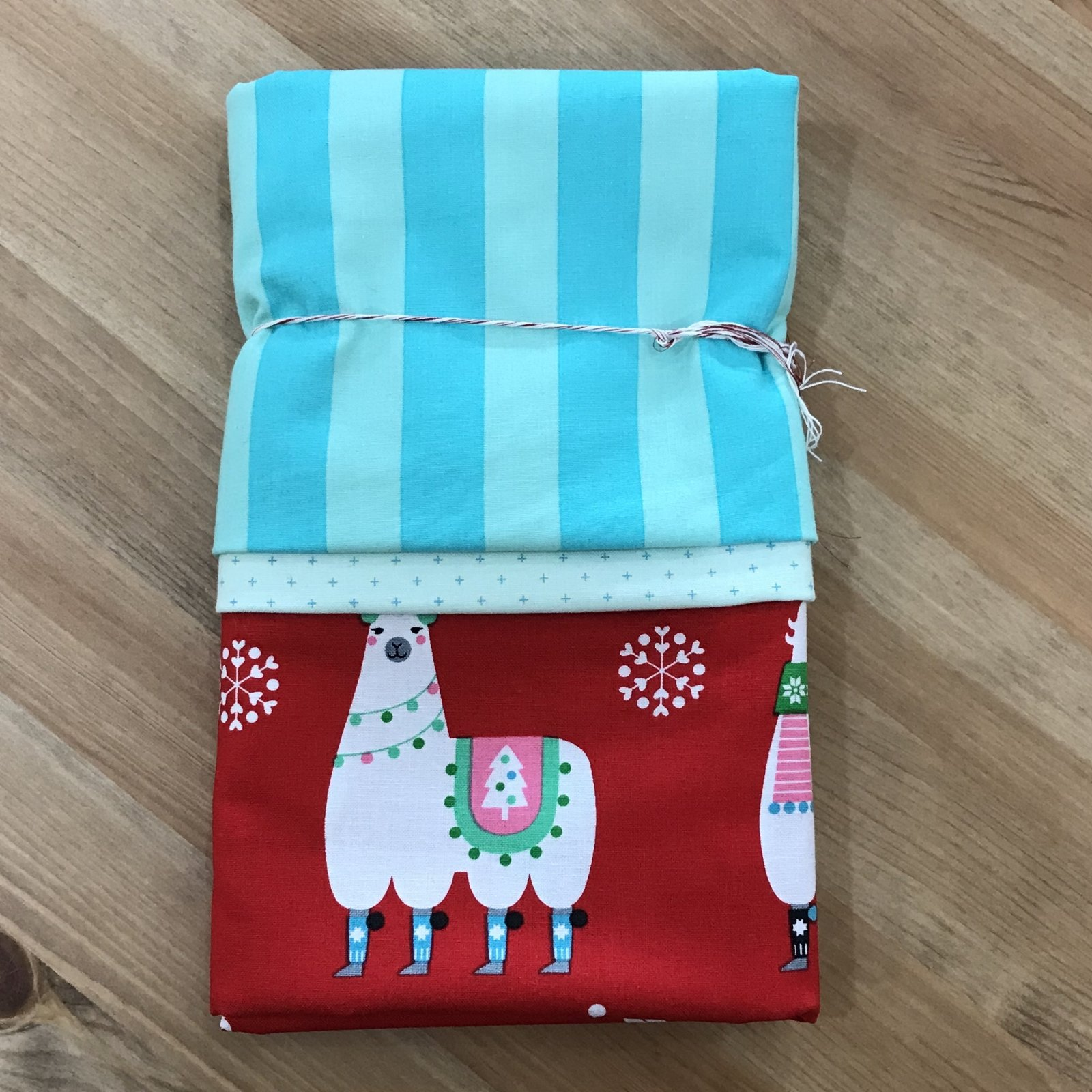 Holiday Pillowcase Kit
