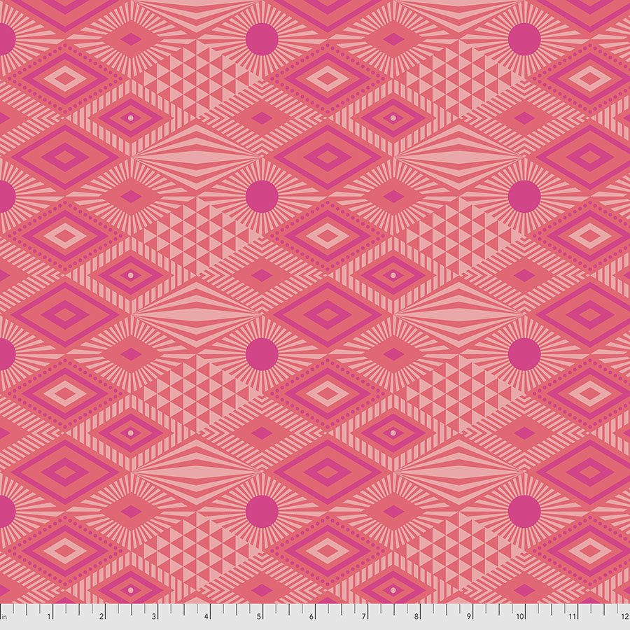 PREORDER | Daydreamer | Lucy - Dragonfruit | Tula Pink | PWTP096.DRAGONFRUIT
