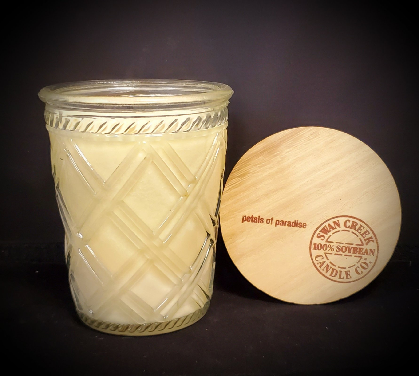 Swan Creek Candles Timeless Jar - Petals of paradise