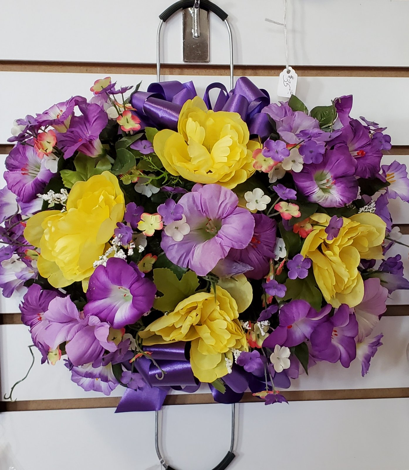 Small memorial grave stone saddle -purple/yellow