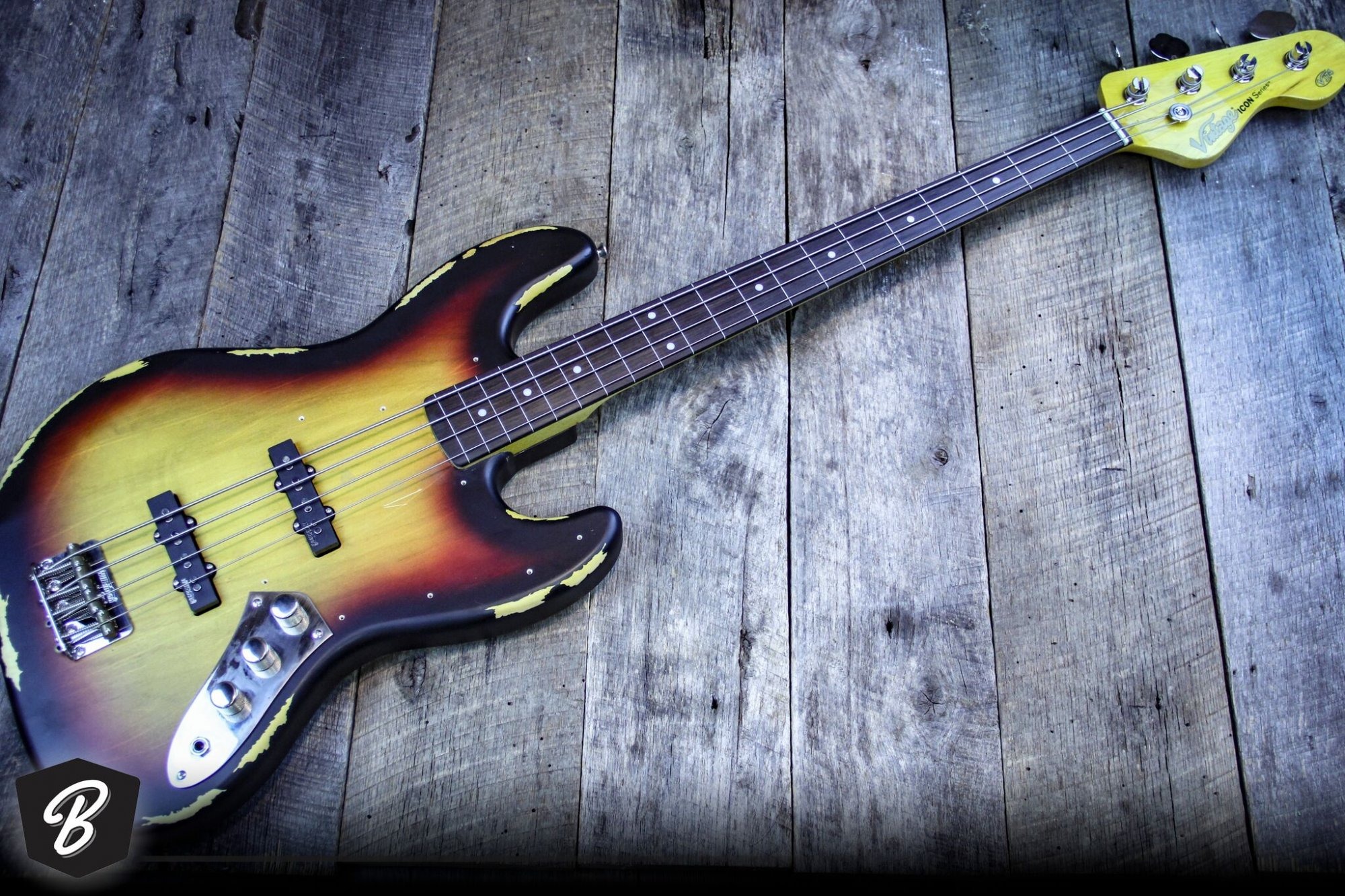Vintage V74MRJP Jaco Fretless Bass Icon Series