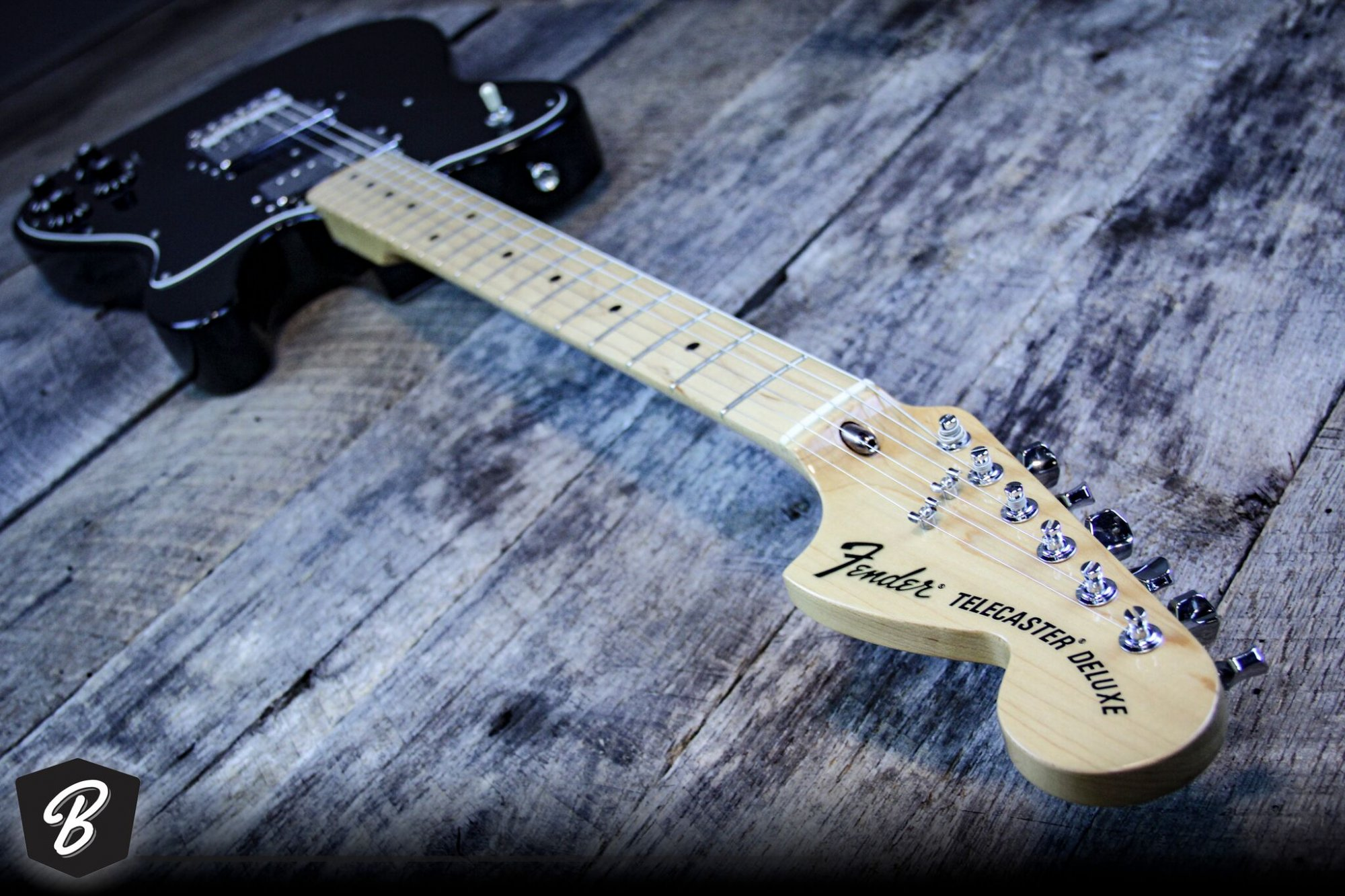 Fender '72 Deluxe Telecaster in Black
