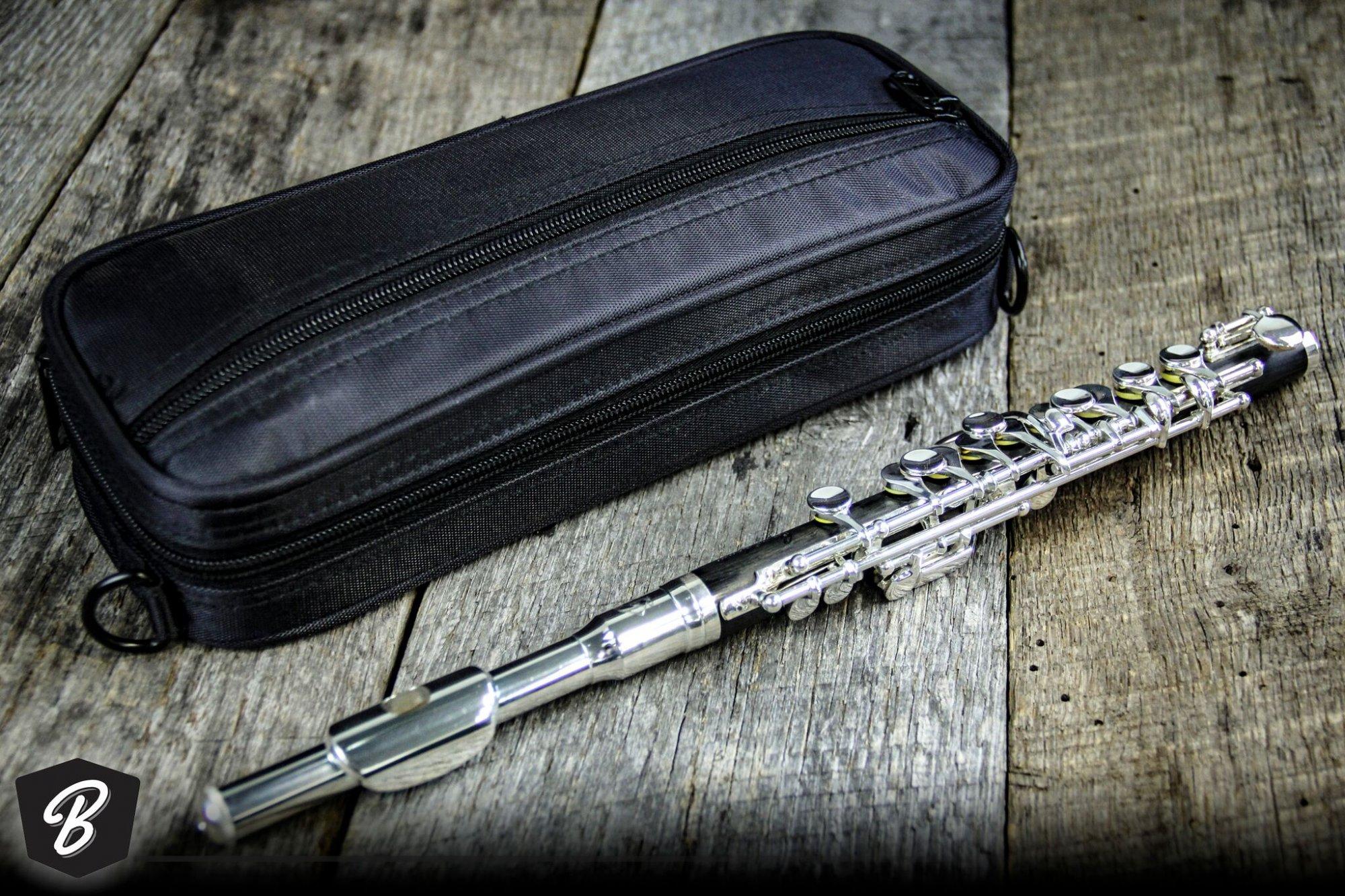 gemeinhardt 1P piccolo w/Case
