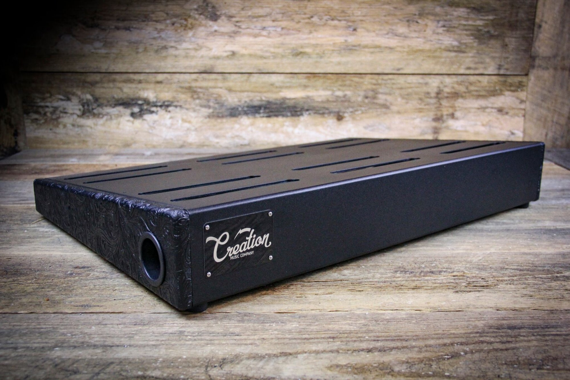 Creation Music Company 17 x 12.5 Black Western Tolex Pedalboard w/ Soft Case
