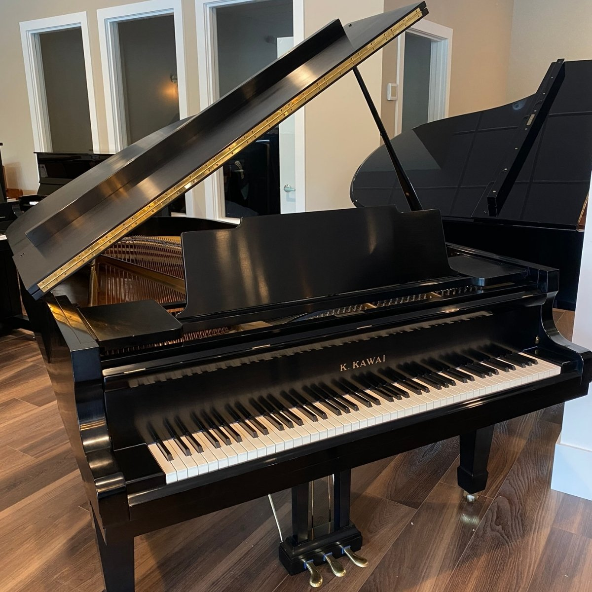 RENTED - Kawai 6'7 Model KG-5 Grand Piano