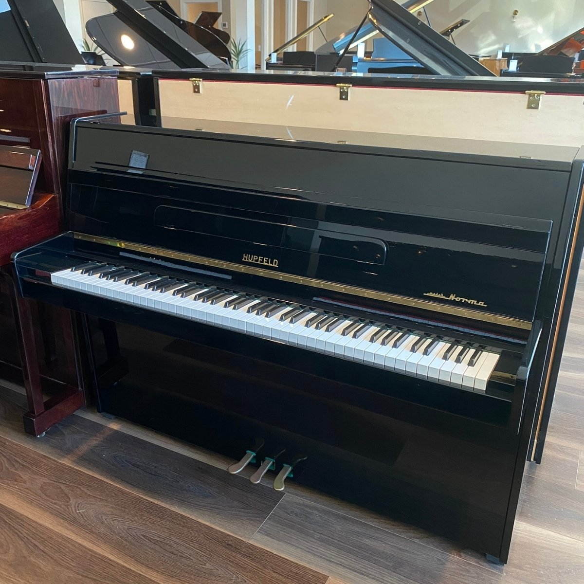 Hupfeld 43 Norma Upright Piano