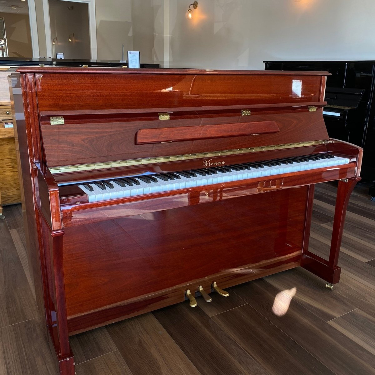 Vienna 43 Upright Piano