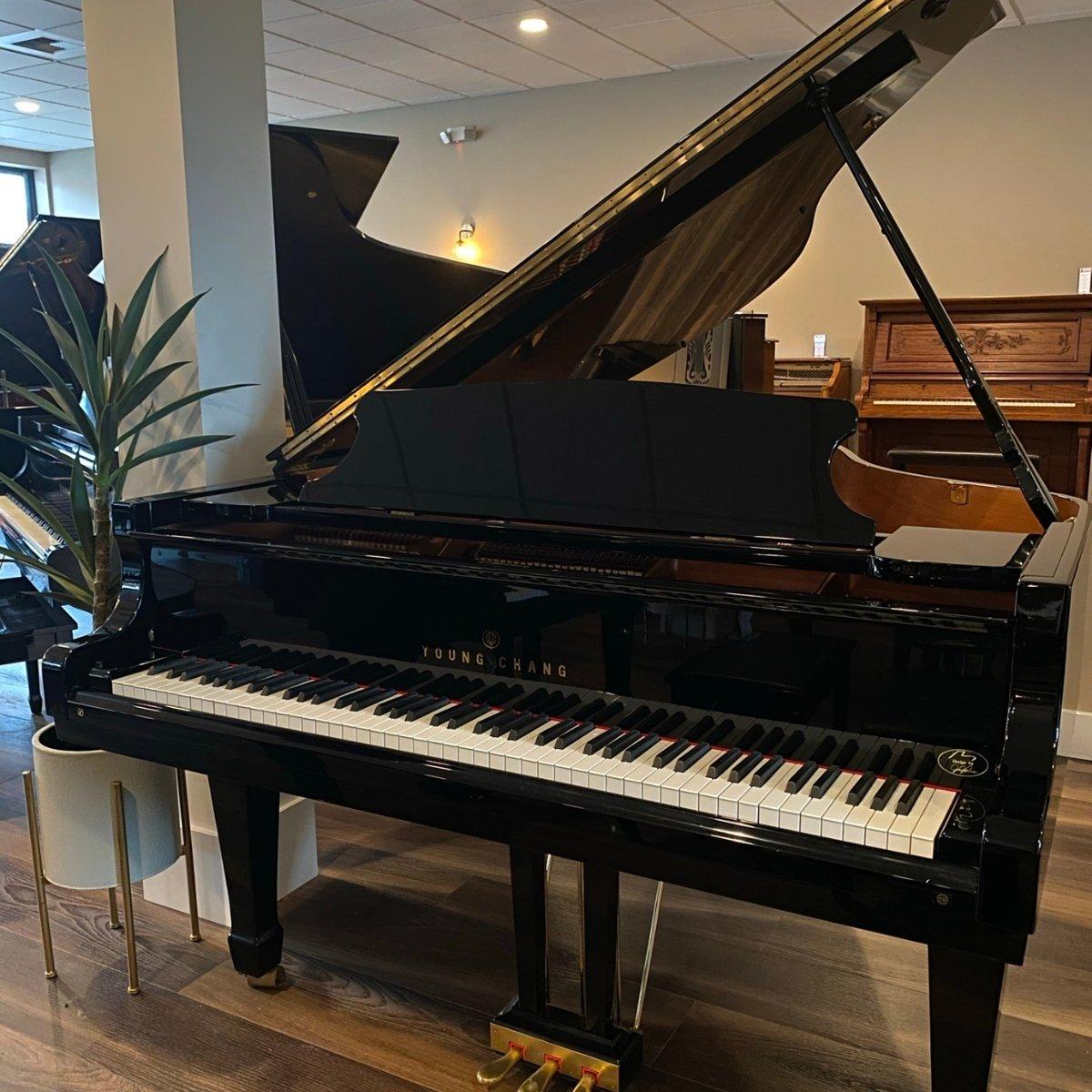 Young Chang 5'11 Model G-185 Grand Piano