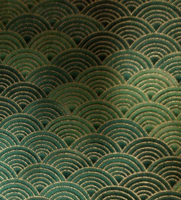 Green - metallic - scallop design