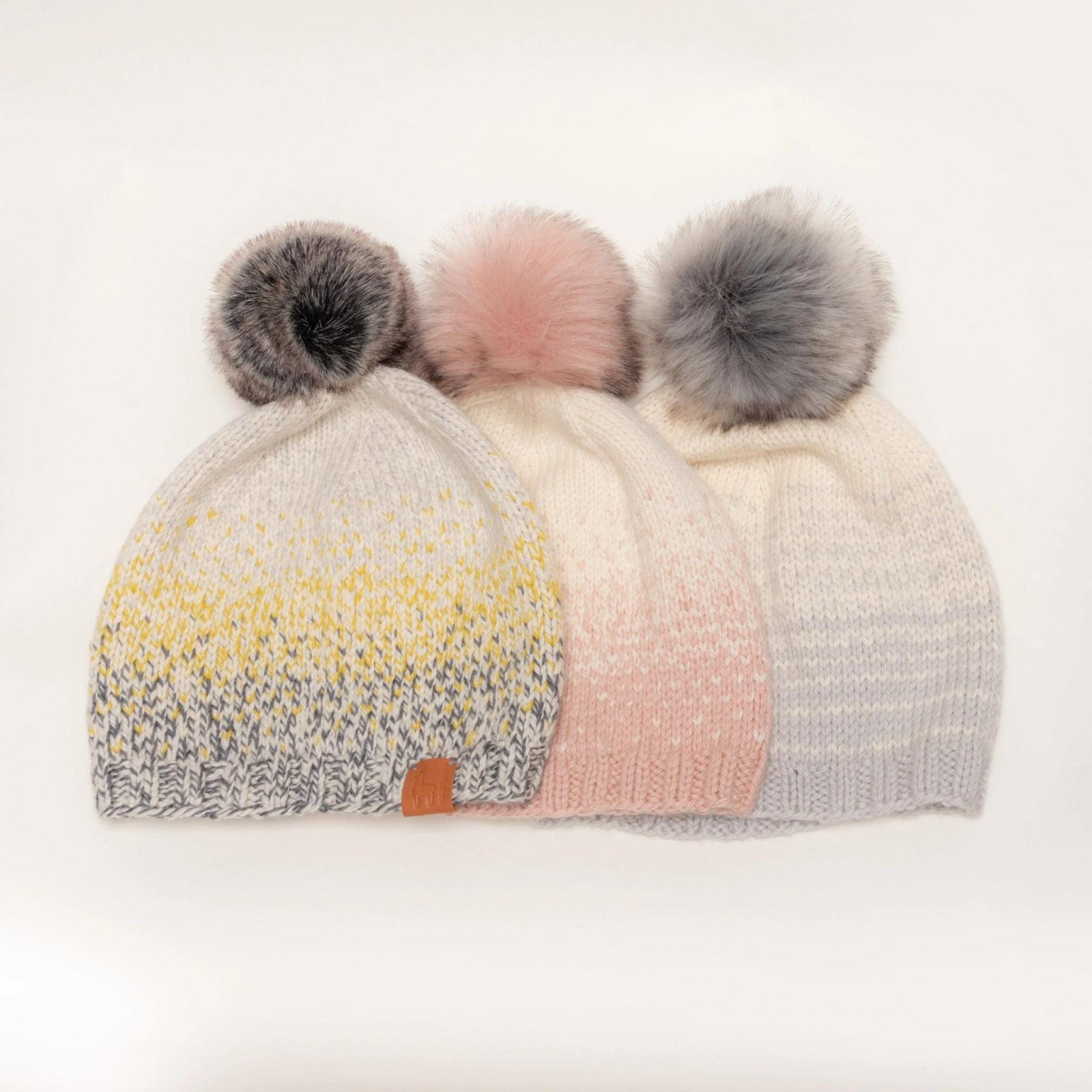 Ikigai Stardust Hat Kit with Pom Pom - Cloudy