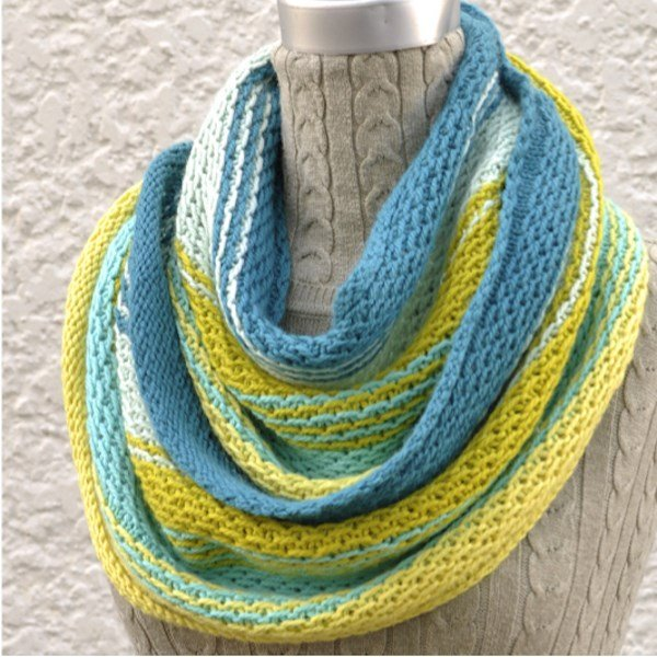 Very Voltage Cowl Pattern - PDF