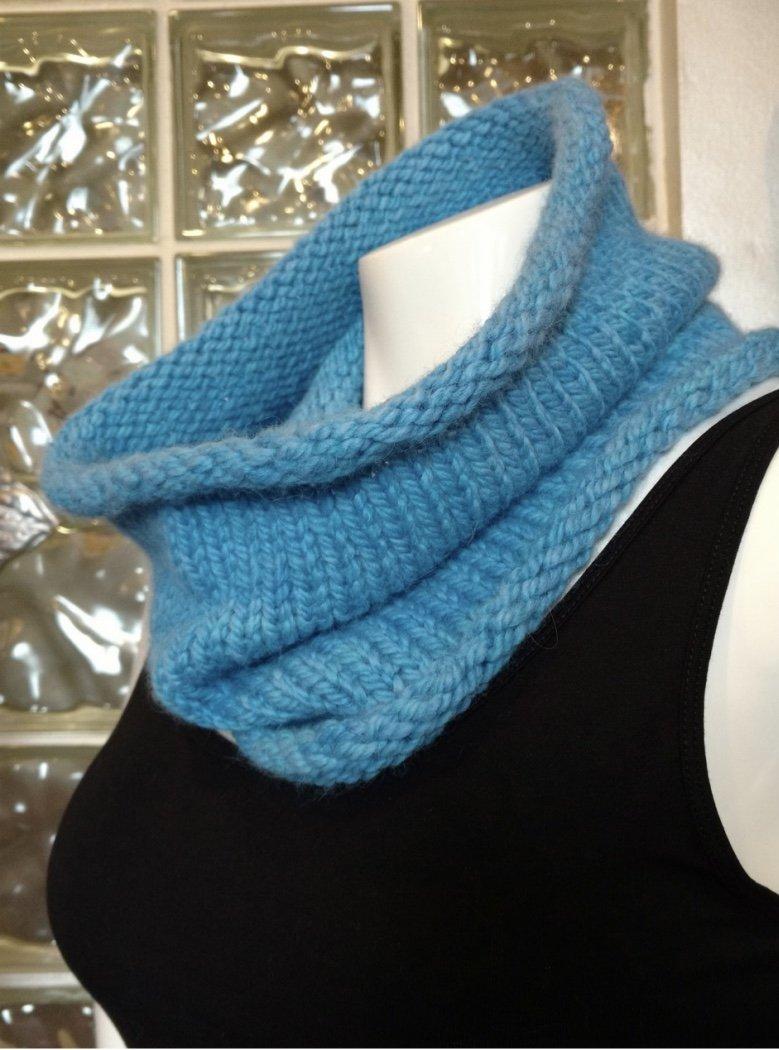 Beginner Knit Cowl