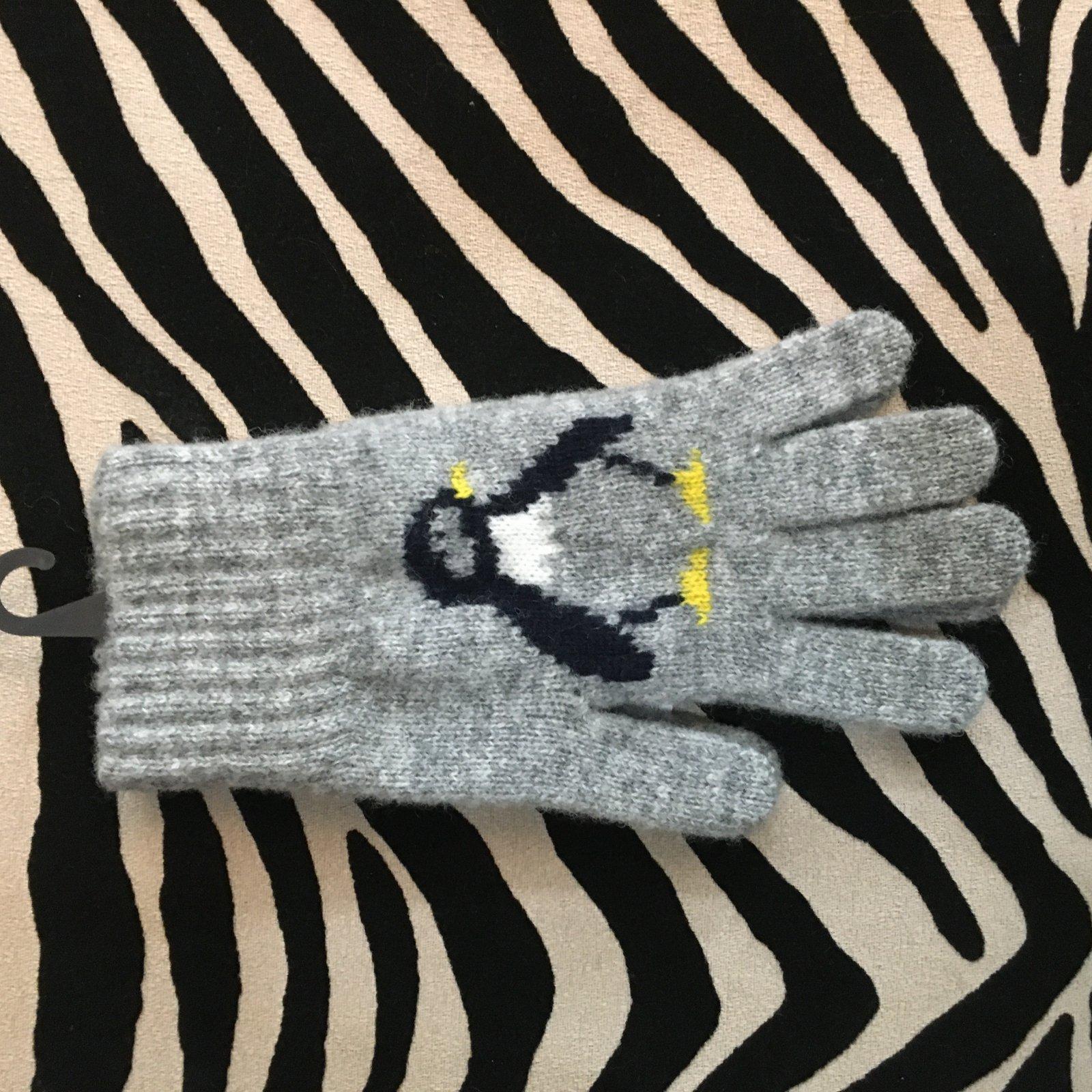 Lothlorian Penguin Glove - Light Gray  - Small