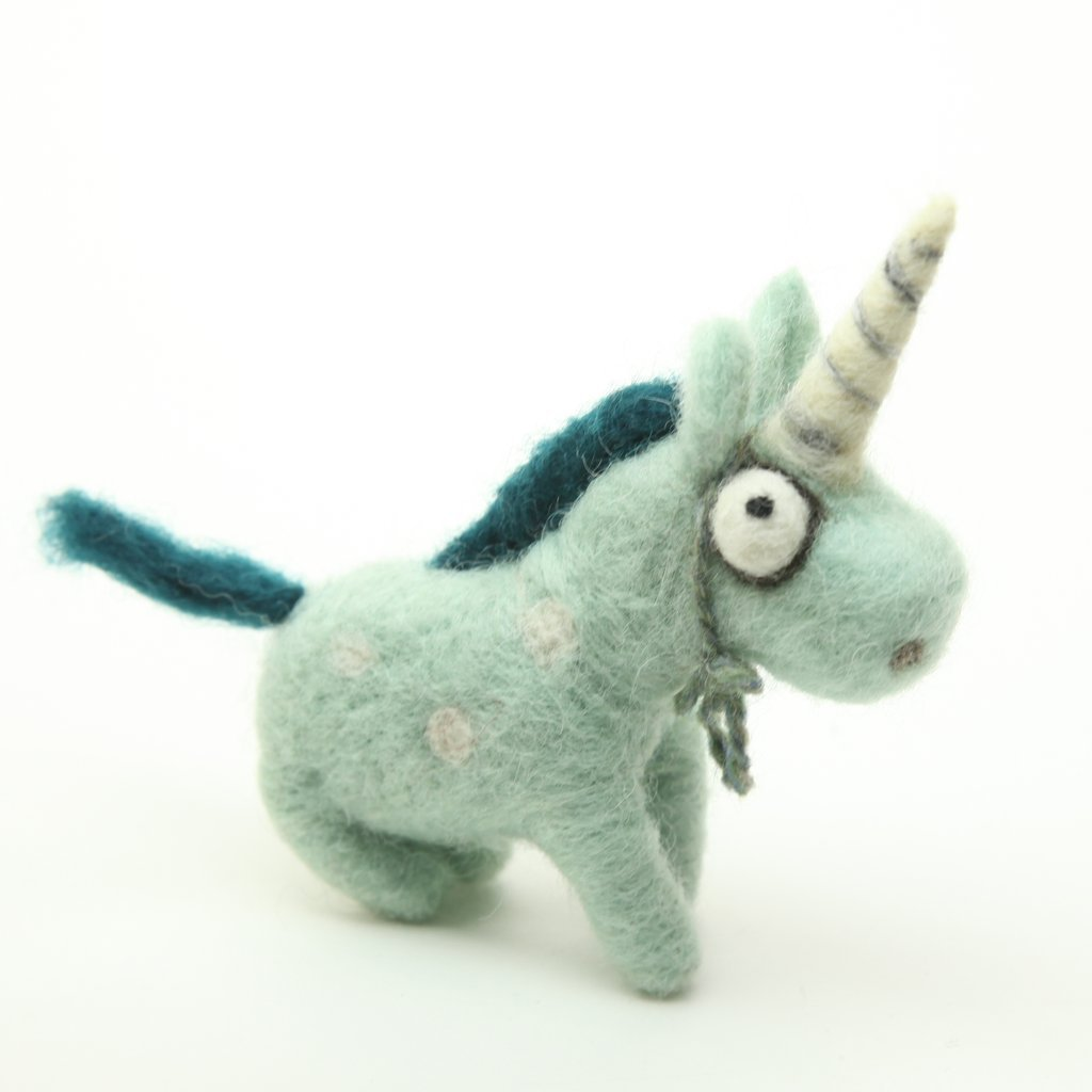 Woolbuddy Felting Kit Medium - Unicorn