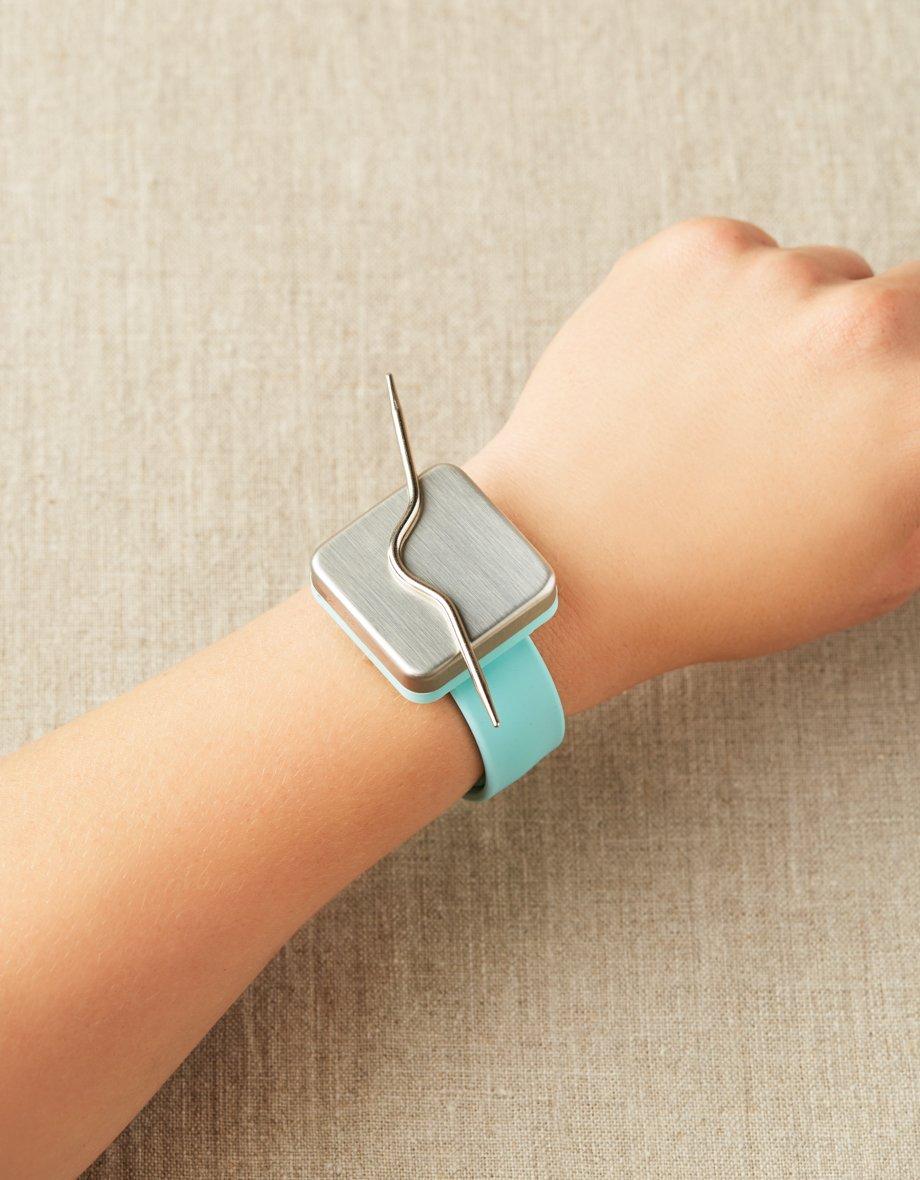 Coco Knits Maker's Keep Magnetic Slap Bracelet