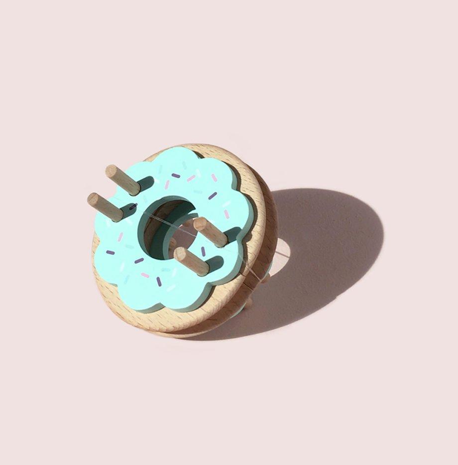 Pom Maker Donut - Blue Frost