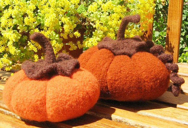 Felted Pumpkin Kit