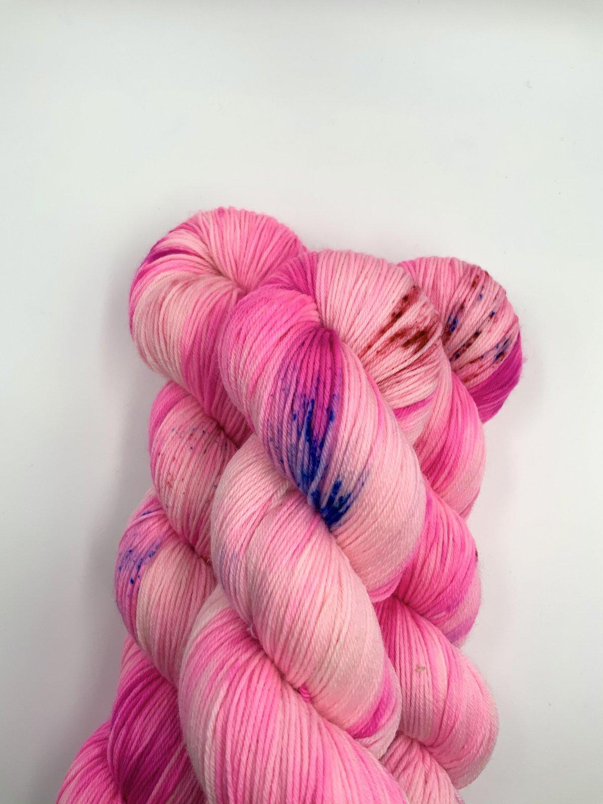 Kleur en Draad Merino 4ply Fingering - Bubblegum