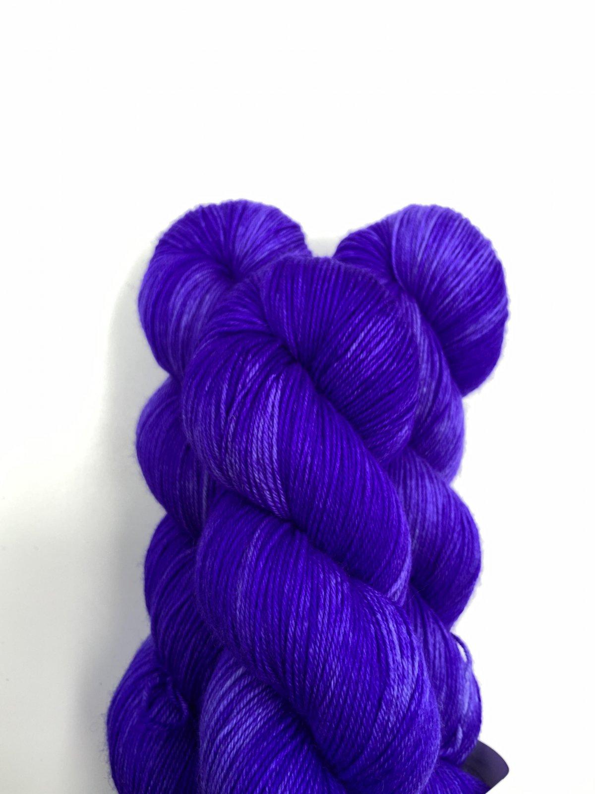 Kleur en Draad Merino 4ply Fingering - Purple Rain