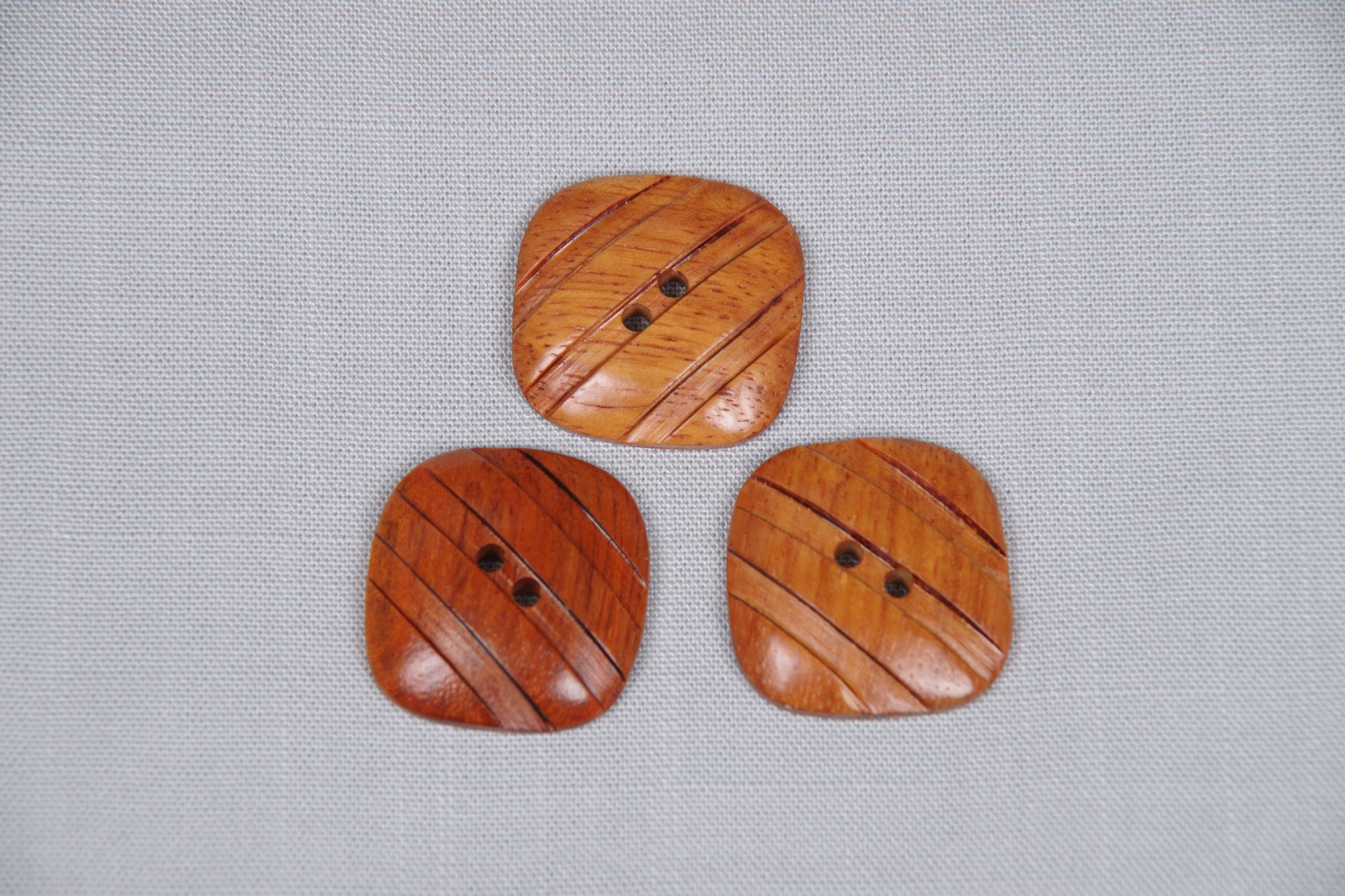 Wood Bayong Grooved Square